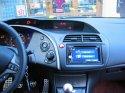 CIVIC rv 2007 po instalaci 2 DIN autorádia s DVD,navigací a bluetooth handsfree. Funkce ovládání na
